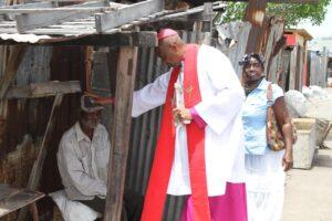 Archbishop Kenneth Richards receives National Award