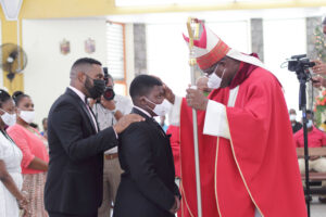 Bishop Gabriel Malzaire celebrates the Sacraments in goodwill